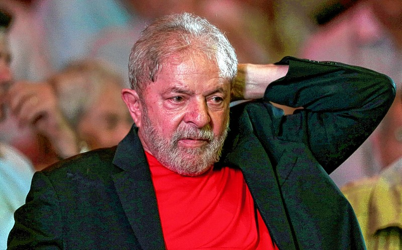 Former president Luis Inacio Lula da Silva rattends an event in support of his candidacy for president in Sao Paulo, Brazil January 18, 2018. REUTERS/Leonardo Benassatto NO RESALES. NO ARCHIVES